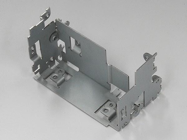 精密板金を用いた加工サンプル